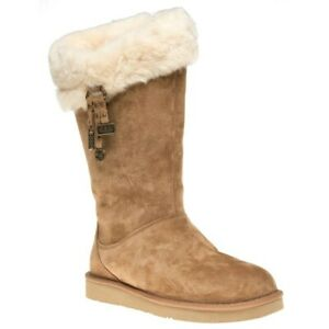 UGG Australia Plumdale charm Woman's Boots Size 7 US - brown