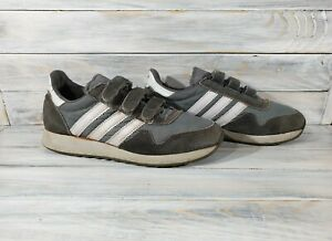 Vintage Adidas Monterey 1985 Velcro Runners Mens Sneacker Size 5 1/2 (38) Gray