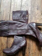 """Leather Clarks boots size 6. With a 3"""" heel in dark brown. Stitch detail."""