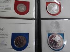 1975 Set completo di 8 Papua Nuova Guinea monete e francobolli FAR rintracciare nuova moneta in argento 10