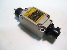 OMRON WLNT LIMIT SWITCH WOBBLE TYPE NO/NC 10A/120-480VAC W/NIBB P4099D