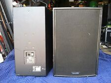 Community Veris 15 2-Way Loudspeaker System 200 W RMS, 500 W Program
