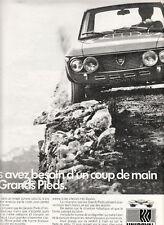 Publicité ancienne pneu Uniroyal  1970 issue de magazine