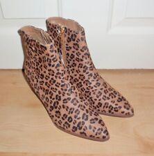 BNWT Primark tacones tobillo botas para mujer Estampado de Leopardo Varios Tamaños