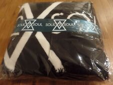 Soul 2 Soul Tim McGraw Faith Hill VIP Gift Box, Lithograph VIP Lanyard, Blanket