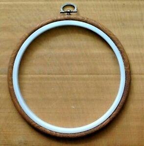 """flexi hoop woodgrain with  white inner  ,  16 cm  ( 6.5"""" )"""