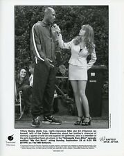 NIKKI COX LEGGY INTERVIEWS ED O'BANNON UNHAPPILY EVER AFTER 1996 WB TV PHOTO