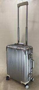 RIMOWA TOPAS TITANIUM Cabin Multiwheel IATA Carry On Suitcase 920.52.03.4 Rare
