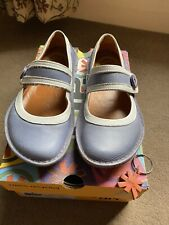 WOMEN'S BLUE AND WHITE ART SHOES SIZE 38 UK 5