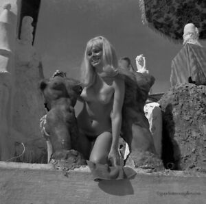 Bunny Yeager 1960s Camera Negative Sultry Nude Blonde Lewis VanDercar Sculpture