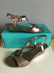 Easy Steps- 'Claudia' Pewter Leather Sandals. Size 8C. New in Box