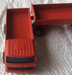 LESNEY MATCHBOX RED MERCEDES BENZ LORRY+TRAILER good condition 1960s