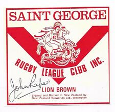 "JOHN RAPER ~ RUGBY LEAGUE ""IMMORTAL"" ~ HAND SIGNED BEER LABEL~ LION BROWN"