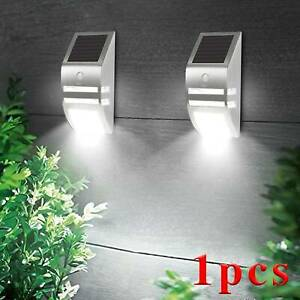 Solar Power Motion Sensor Wall Security Bright Light Outdoor Lamp Garden UK