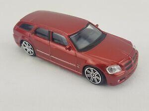"Maisto Dodge Magnum RT Diecast Car 4.5"" Long 1/43 Scale"