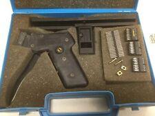 MOLEX AM-60114 Crimping Tool W/ AM-60516 W/Case