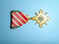 z32 RVN Vietnam Staff Service Medal 1st Class original US clutch back