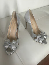 ENZO ANGIOLINI Silver Bow Open Toe Shoes Heels Size 9M Retail $110