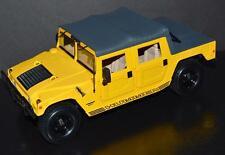 Maisto 1/18 Car 1998 HUMMER Humvee 6.5L Turbo Disel Yellow, black soft top 31859