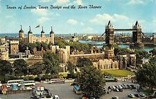 B104292 tower of london tower bridge and the river themes bus car voiture uk