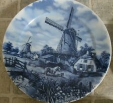 BEAUTIFUL DELFT PLATE WINDMILLS HAND DECORATED 1984 GREAT CONDITION