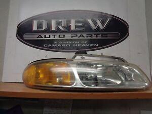 Headlamp Assembly DODGE CARAVAN Right 96 97 98 99 00