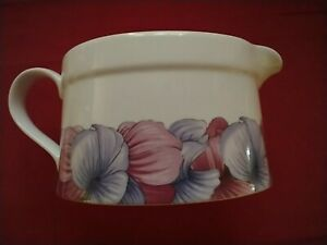 PORTMEIRION~ Sweet Pea Sauce Boat~ 2 Cup Capacity~ NWS
