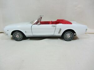 Motor Max - 1964 1/2  Mustang Convertible  White  VGC  1:18  (0121/45)  No Box