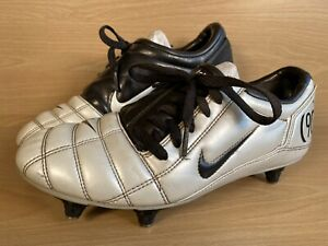 2005 NIKE TOTAL 90 III SG 308230-103 T90 Football Boots Size 6 UK — 7 US YOUTH