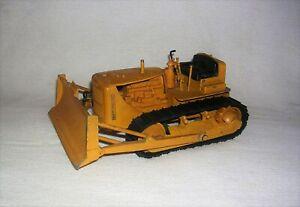 REUHL Cat D7 Caterpillar Bulldozer Toy