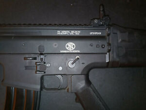 FN Herstal Scar L AEG metal airsoft replica by cybergun with extra magazine
