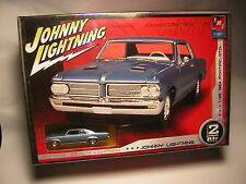 1/25  PONTIAC GTO 1964     AMT + 1/64  johnny lightning