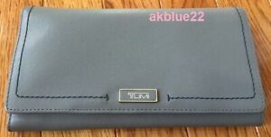 $195 NWT Tumi Gray Pebbled Leather Long Envelope Clutch Wallet 041480 Bifold W