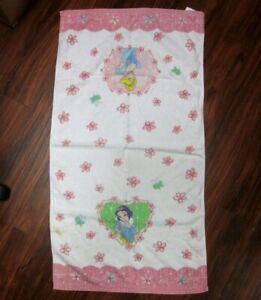 DISNEY PRINCESSES beat-up bath towel beach Snow White & Cinderella
