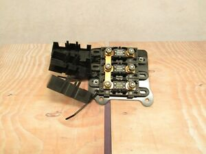 2004-2009 JAGUAR XJ8 VANDEN PLAS LITTLE MEGA FUSE POWER DISTRIBUTION BLOCK