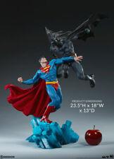 DC Comics Batman Superman Sideshow Superhero Vs Clash Diorama Statue