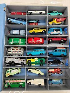 Mattel Miniature Car Collectors 24 Car Showcase with Cars