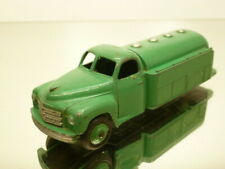 DINKY TOYS 441 PETROL TANKER - GREEN 1:43? - GOOD CONDITION