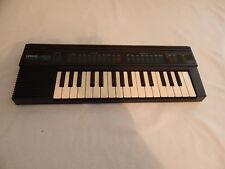 YAMAHA PSS-130 electronic keyboard works fine