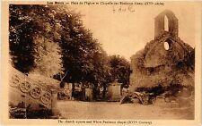 CPA LES BAUX Place de l'Eglise et Chapelle des Penitents blancs (339982)