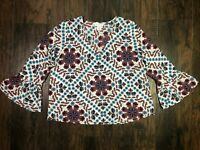 Adrienne vittadini v neck floral bell 3/4 sleeve blouse white blue size small