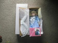 PARADISE GALLERIES TREASURY COLLECTION ANGEL OF PEACE W/WINGS PORCELAIN DOLL MIB