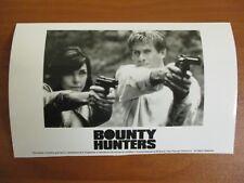 Vtg Glossy Press Photo Michael Dudikoff & Lisa Howard Star in Bounty Hunters