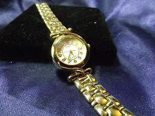 Woman's Timex Watch with Bracelet Band **Nice** BB-746