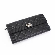CHANEL Women's Wallets