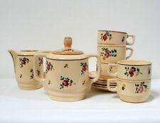Service de tasses à café à fleurettes ancien