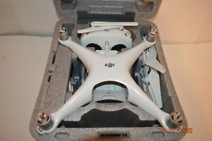 WORKING DJI PHANTOM 4 PRO DRONE with 4K 20 MEGAPIXEL CAMERA, CHARGER AND CASE