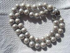 Perlenkette mit hellgrauen Perlen aus Japan 925 Silberverschluss