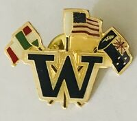 W Italy New Zealand USA America Flag Pin Badge Rare Vintage (J9)