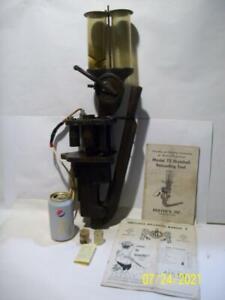 Vtg / Antique 1958 HERTERS MODEL 72 SHOTSHELL RELOADING TOOL w/Instructions